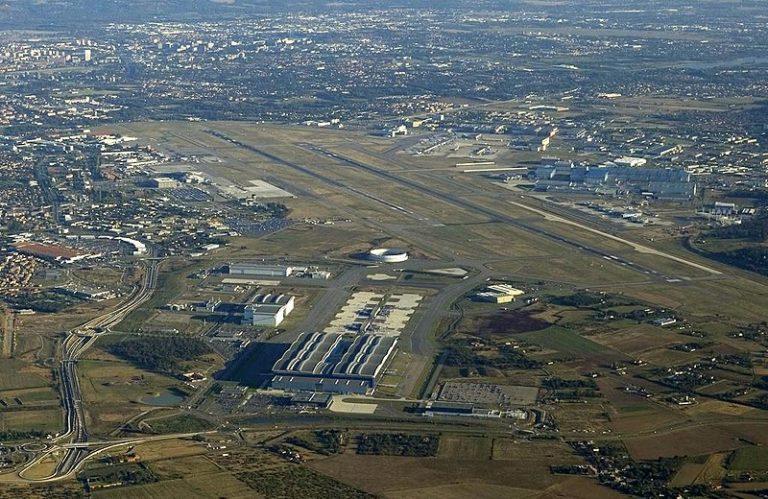 aeroport à proximité autour de moi