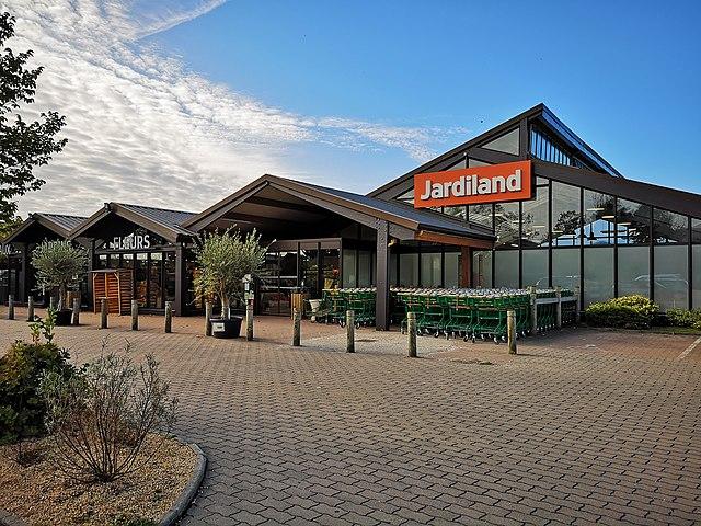 jardiland à proximité autour de moi